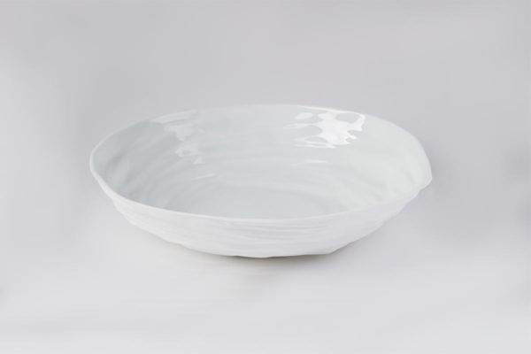 art de la table grand saladier bas porcelaine de limoges l atelier du blanc