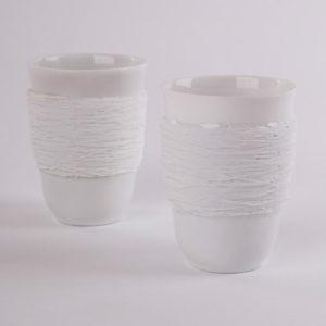 art de la table tasse anti chaleur porcelaine de limoges duo ficelle latelierdublanc