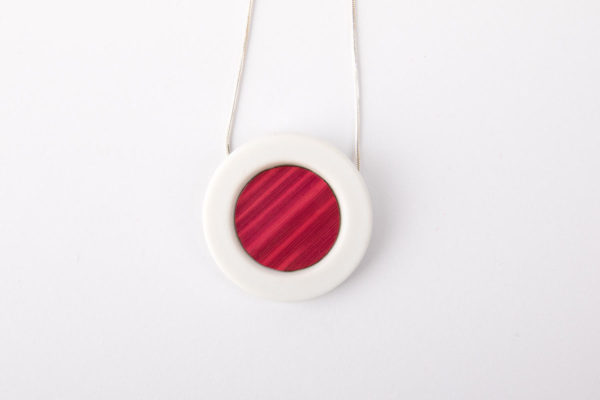 collier rose framboise blanc pendentif porcelaine paille latelierdublanc