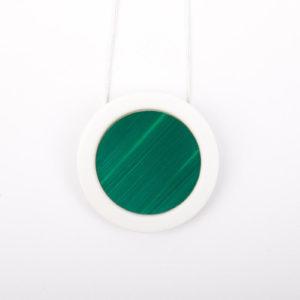 collier vert sapin blanc pendentif rond pop porcelaine marqueterie paille latelierdublanc