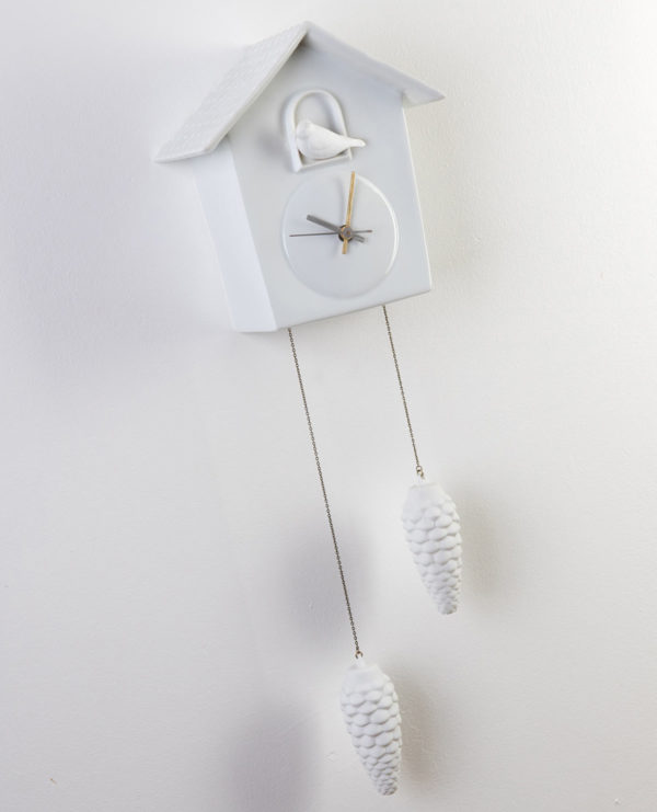 coucou-pendule-oiseau-blanc-pomme-pin-horloge-l-atelier-du-blanc-2