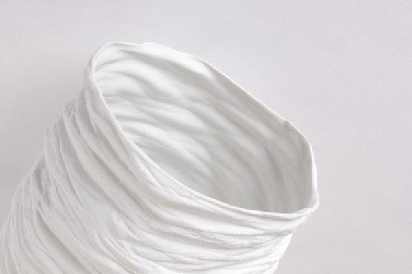 grand vase haut H28 porcelaine de limoges blanche paradoxe latelierdublanc 1