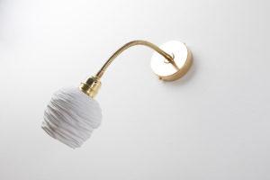 luminaire design laiton porcelaine applique murale flexible reglable l atelier du blanc