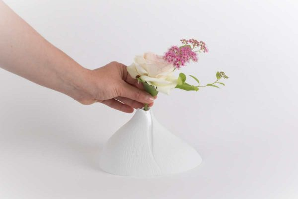 vase soliflore bulbe biscuit mat porcelaine de limoges latelierdublanc