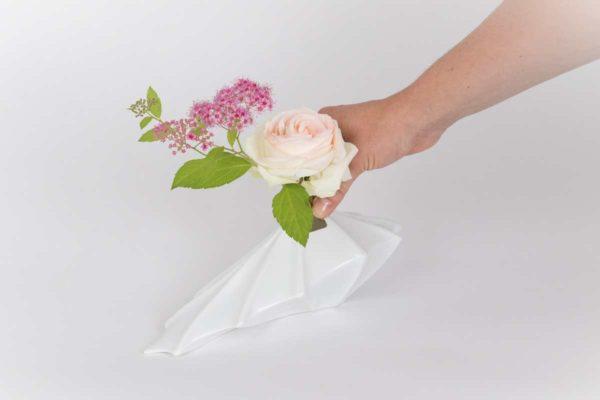 vase soliflore graphique alocasia porcelaine de limoges latelierdublanc