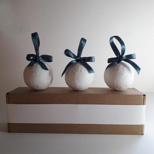 coffret-boule-de-noel-cadeau-collection-porcelaine-de-limoges-latelierdublanc-1