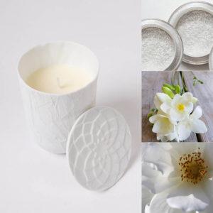 bougie-parfumee-pour-chambre-maison-poudre-de-riz-fleur-ylang-musc-blanc-cire-vegetale-photophore-porcelaine-de-limoges-MM-atelier-du-blanc
